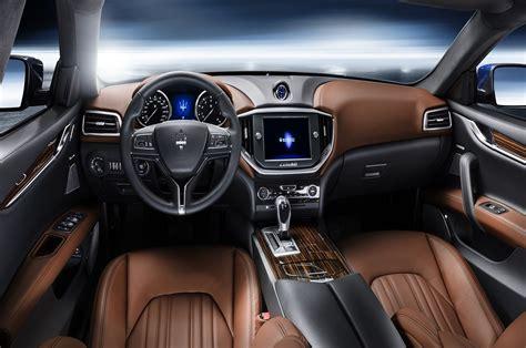 interieur de voiture de luxe les voitures de luxe le de toto