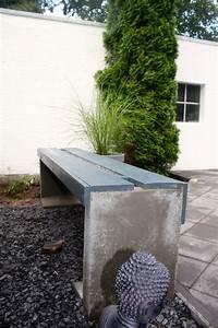 Steine Für Beeteinfassung : diy gartenbank aus beton und holz wie du eine bank aus l steinen bauen kannst mimimia diy ~ Buech-reservation.com Haus und Dekorationen