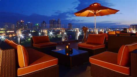 sky deck view bar  bayleaf hotel rooftop bar  manila