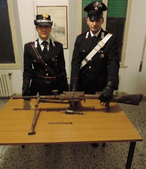 Nella Soffitta by Trova Una Mitragliatrice In Soffitta L Arma Nascosta In