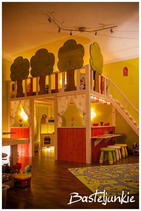 Wandgestaltung Kinderzimmer Bett by Hochbett Baby Stuff Hochbetten Kinderzimmer