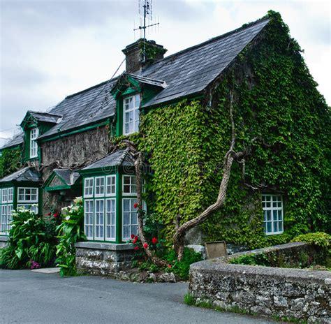 Cottage In Irlanda Cottage In Irlanda Immagine Stock Immagine Di Irlanda