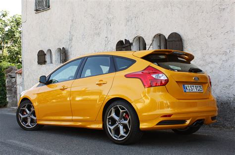 2018 Ford Focus St First Drive Photo Gallery Autoblog