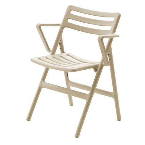 Magis: Folding Air chair with arms