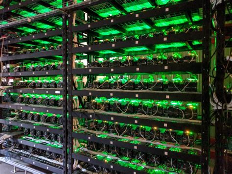 bitcoin mining server hosting bitcoin miner hosting solutions cryptocurrency miner