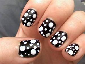 Amazing Nail Art Designs 20 Black And White Nail Designs