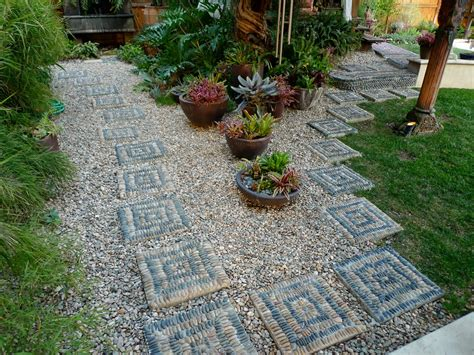 how to make a gravel garden make your own patio pavers patio design ideas