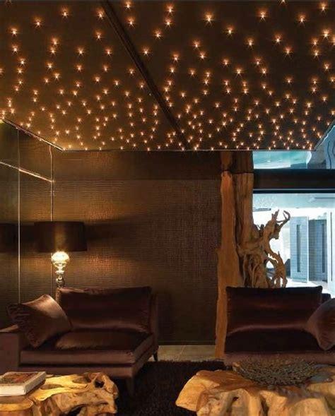 plafond étoilé chambre les 71 meilleures images à propos de décoration étoilée