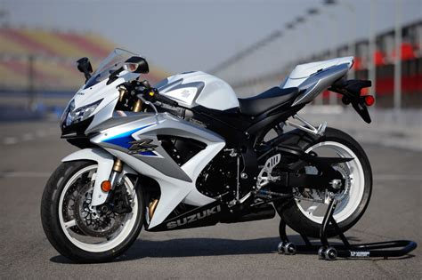 Suzuki Gsxr 600 Black by Beautiful Bikes Suzuki Gsxr 600 Black