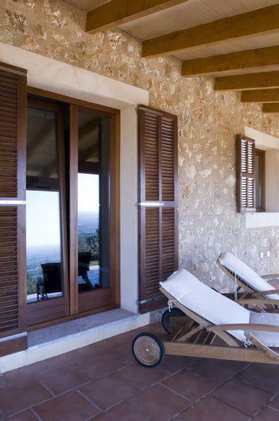foto balconera rustica  persiana mallorquina en
