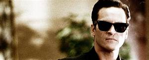 What Kind of Sunglasses Did Johnny Cash Wear? | Sunglasses ...