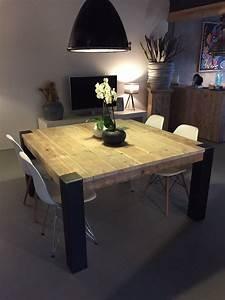Pied De Table En épingle : table carr e avec pieds en m tal brut tables en ancien ~ Dailycaller-alerts.com Idées de Décoration