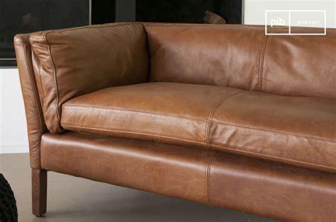 trou canapé cuir canapé cuir hamar style vintage au design scandinave pib