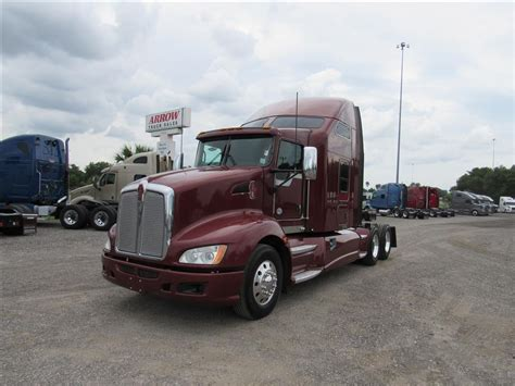 used kenworth trucks for sale arrow truck sales