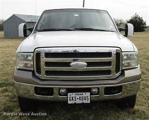 2006 Ford F350 Super Duty King Ranch Crew Cab Pickup Truck