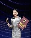 """周冬雨凭借《少年的你》成为第三位金鸡奖、金像奖、金马奖""""三金""""影后_中国网"""