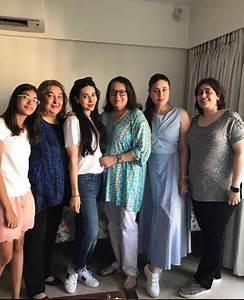 Kareena and Karisma strike a pose with mom Babita and the ...