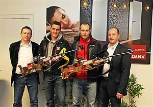 Türen Jeld Wen : bild olympia biathleten besuchten sponsor dana in spital am pyhrn jeld wen t ren gmbh ~ Eleganceandgraceweddings.com Haus und Dekorationen