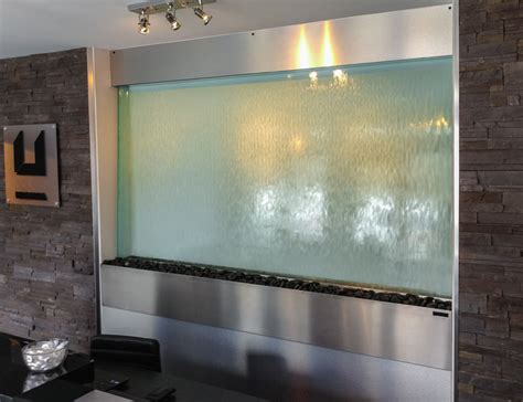 mur en verre interieur murs d eau sur vitre encastr 233 autoportant ou avec logo