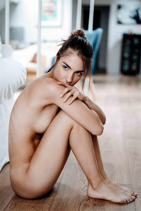 Rebecca Bagnol Nude Sexy Photos Thefappening