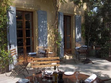 restaurant cucuron la maison la maison de cucuron restaurant reviews phone number photos tripadvisor
