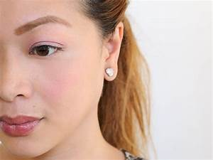 How, To, Apply, Makeup, For, A, Fresh, And, Clean, Look, 8, Steps