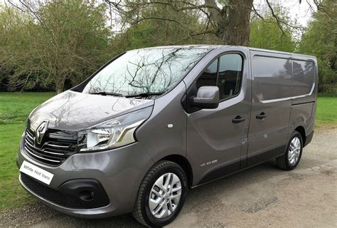 renault trafic sport sl energy  dci ps white hot