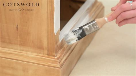 upcycle  furniture paint  bedside cabinet