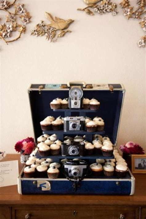 Decorating Ideas Using Suitcases by 30 Ways To Use Vintage Suitcases In Your Wedding Decor