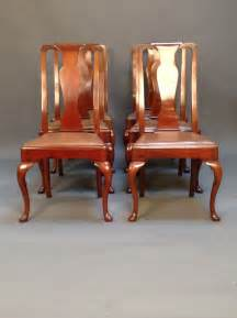 set of 6 walnut dining chairs with cabriole legs