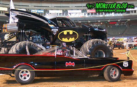 monster jam batman truck batman monster truck