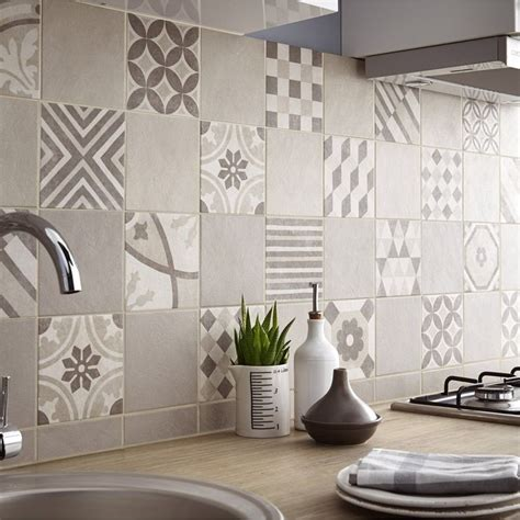 revetement mur cuisine 25 best ideas about carrelage mural cuisine on