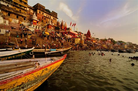 varanasi india essential travel guide