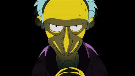 famed simpsons voice actor harry shearer isnt leaving