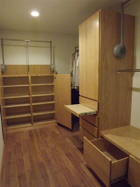 wheelchair accessible closet system marysville wa accessible bedroom pinterest