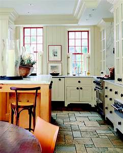 Storage ideas for kitchens without upper cabinets for Kitchen design with no top cabinets