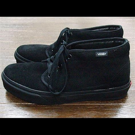Vans Boat Shoes All Black by 17 Vans Shoes Vans Suede All Black Chukka Boot From