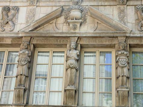 file dijon maison des cariatides 1 jpg wikimedia commons