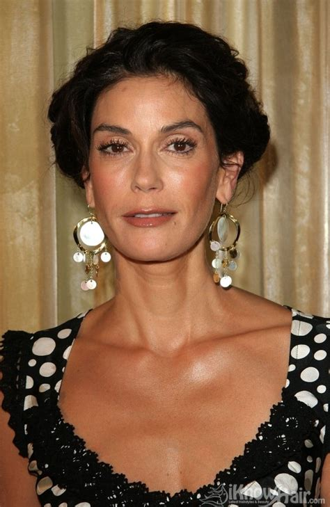 teri hatcher hairstyles  teri hatcher hair style