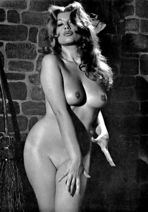 Best Retro Curves Bbw Images On Pinterest Retro Curves And Erotic Photography