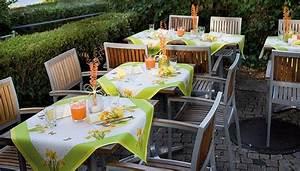 Tischdeko Frühling Geburtstag : servietten mustertische fr hling primavera von duni bei tafeldeko einzigartige tischdekoration ~ One.caynefoto.club Haus und Dekorationen