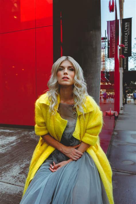 Julianna zobrist was born on october 5, 1984 in orlando, florida, usa as julianna joy gilmore. How I Shop: Julianna Zobrist - Fashionista