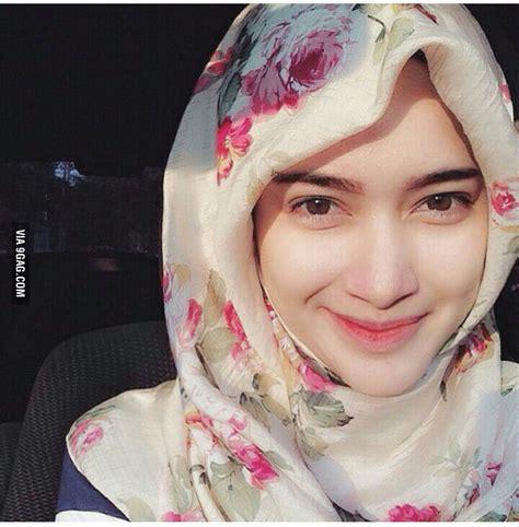 hijab girl  indonesia gag
