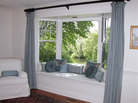 Bay Window Seat For Comfortable Seating Area At Home