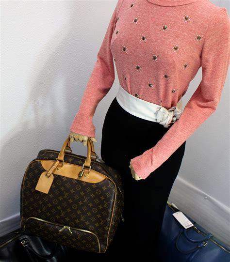 louis vuitton monogram evasion brown boston travel bag