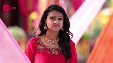 actress kavitha date of birth kavitha gowda wiki biography age bigg boss movies
