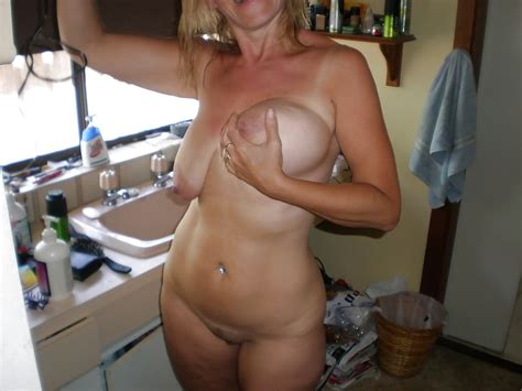 blonde dirty mom exposed nude 54 pics