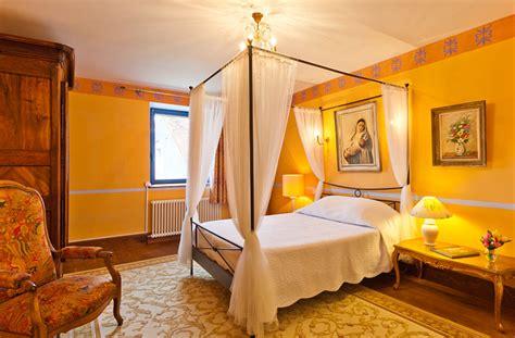 jura chambre d hote relais des abbesses chambre d 39 hôtes château chalon