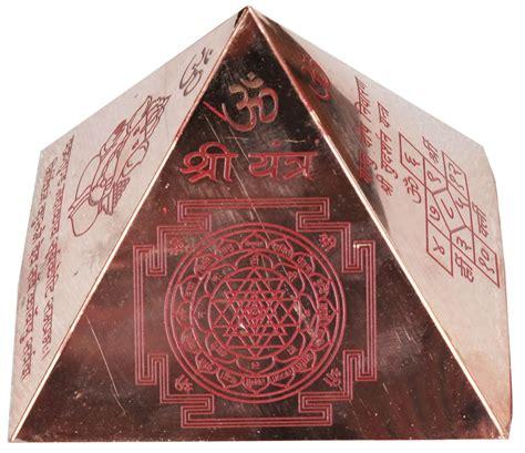 Yantra Mantra vastu pyramid with syllable mantra with ganesha figure