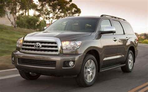 Toyota Sequoia 2018 Wallpapers And Images Wallpapers